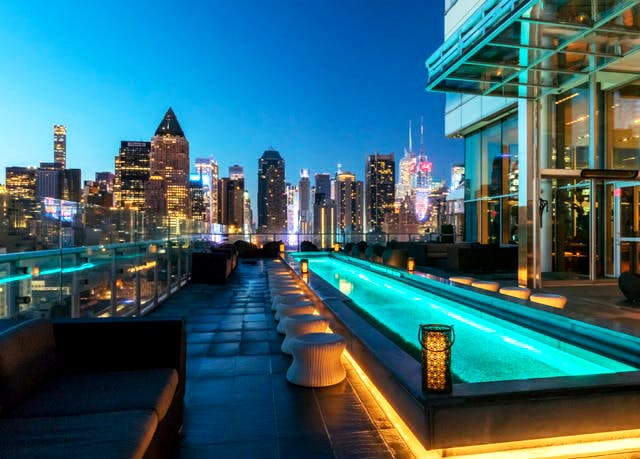 Boutique Midtown Manhattan pad with a rooftop bar | Save ...
